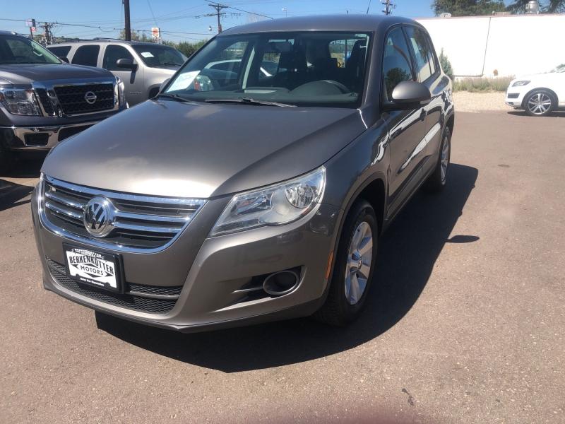 Volkswagen Tiguan 2010 price $10,900