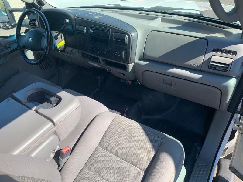 Ford F-550 Super Duty 2007 price $13,995