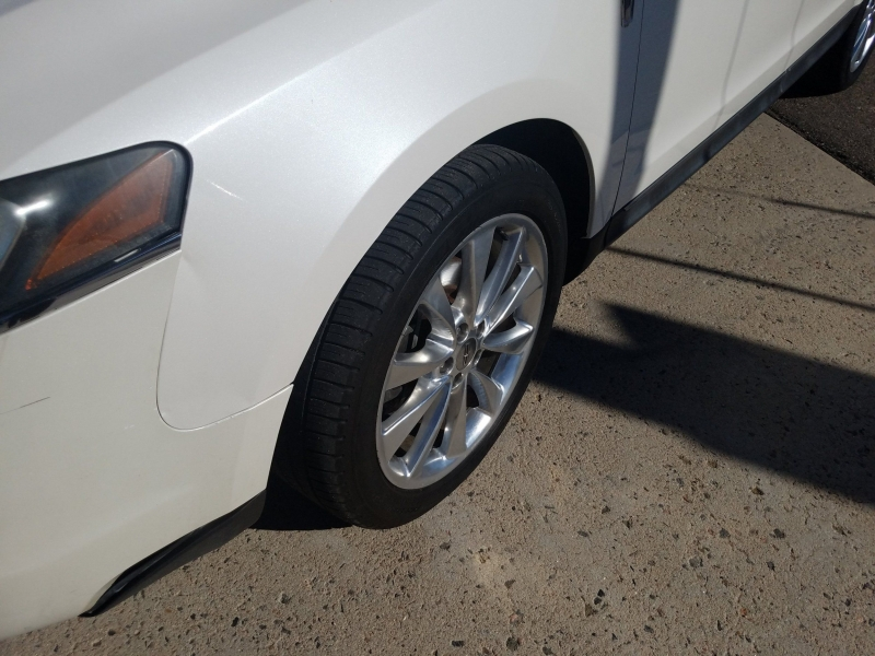 Lincoln MKT 2012 price $9,900