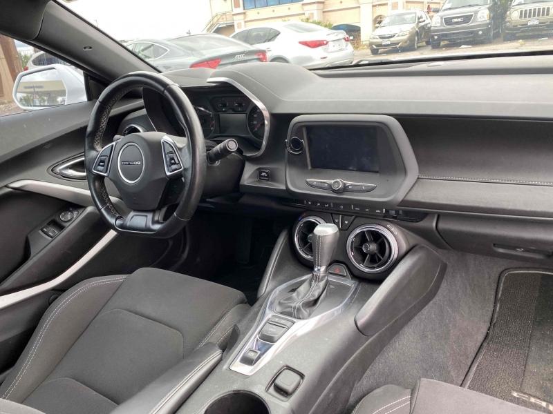 Chevrolet Camaro 2018 price $25,900