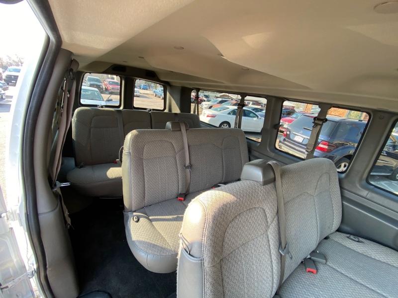 Chevrolet Express Passenger 2019 price $23,900