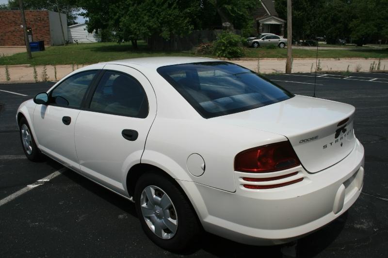Dodge Stratus 2003 price $3,450 Cash
