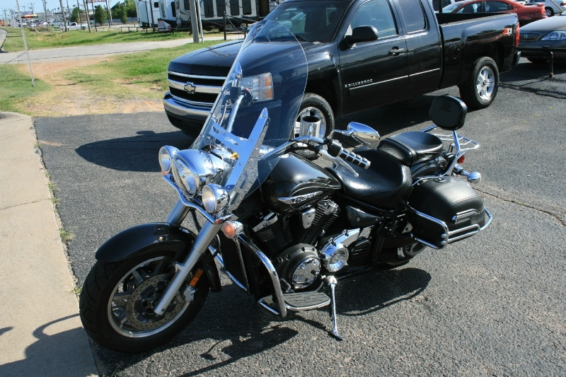 Yamaha XVS 1300 CT 2012 price $3,650 Cash