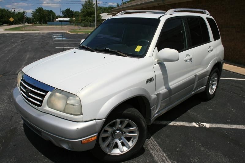 Suzuki Grand Vitara 2004 price $3,395 Cash