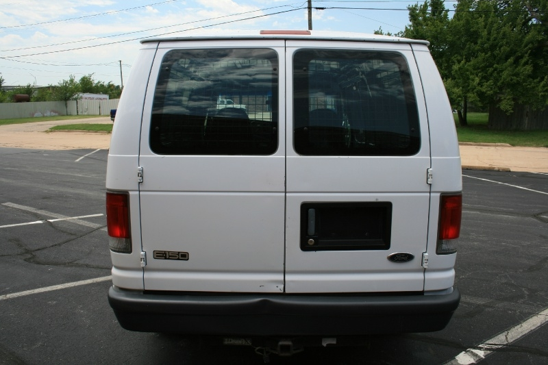 Ford Econoline Cargo Van 1999 price $3,450 Cash