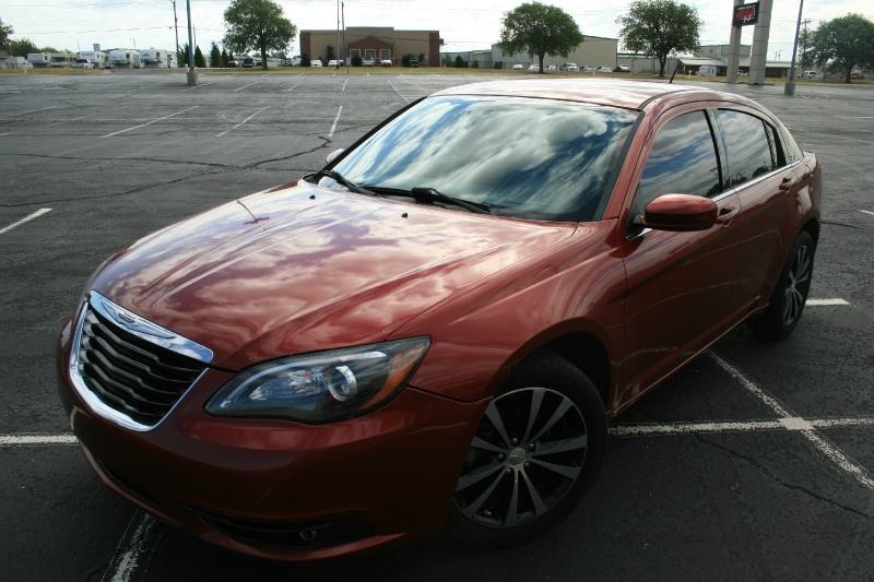 Chrysler 200 2013 price $4,995 Cash