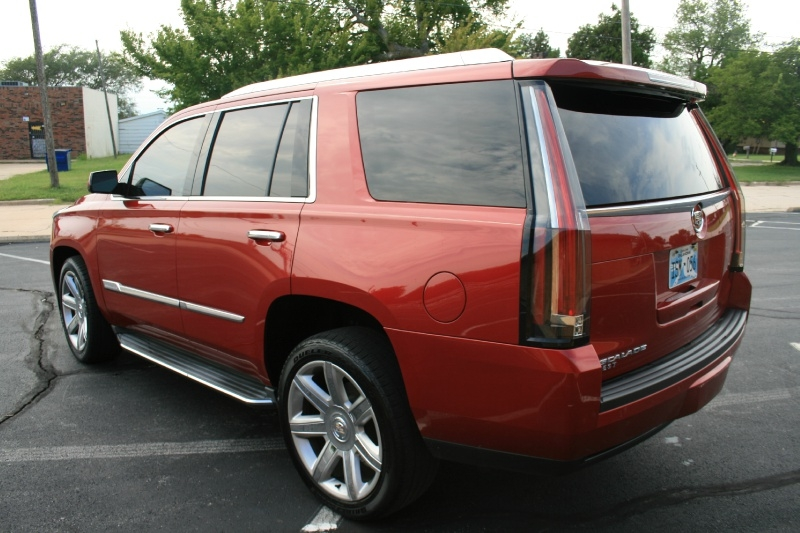 Cadillac Escalade 2015 price $33,950 Cash