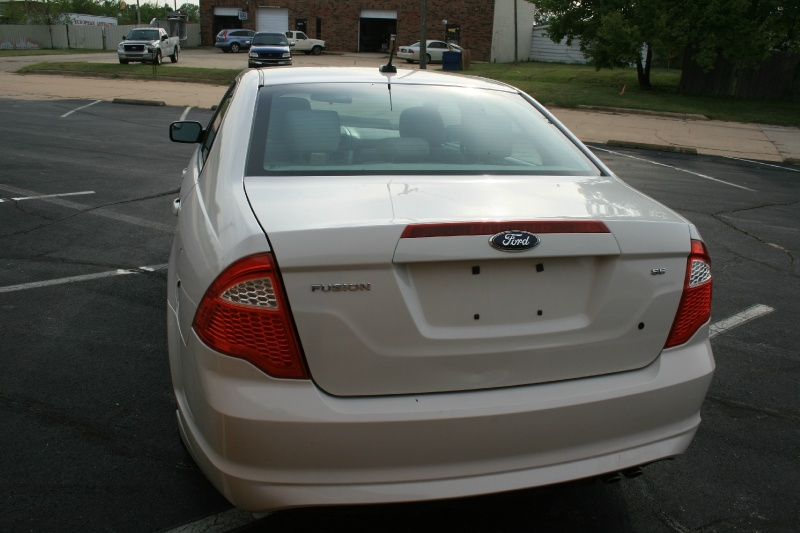 Ford Fusion 2012 price $3,450 Cash