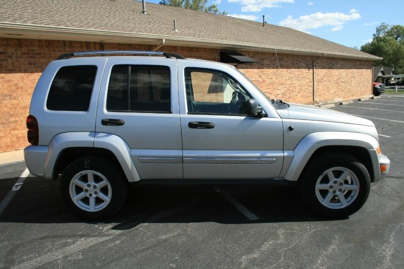 Jeep Liberty 2005 price $4,850 Cash