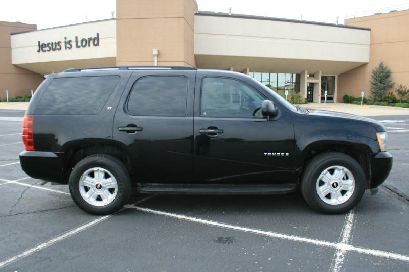 Chevrolet Tahoe 2009 price $7,950 Cash