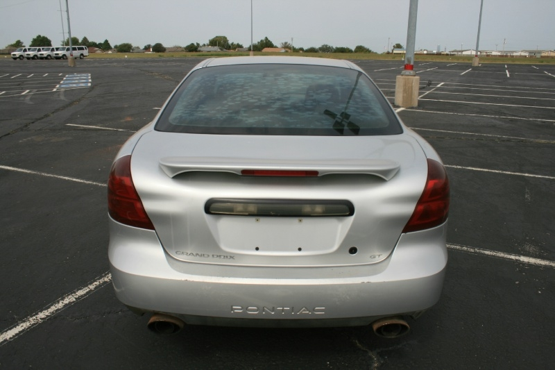 Pontiac Grand Prix 2004 price $1,995 Cash
