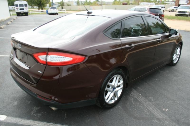 Ford Fusion 2013 price $7,450 Cash