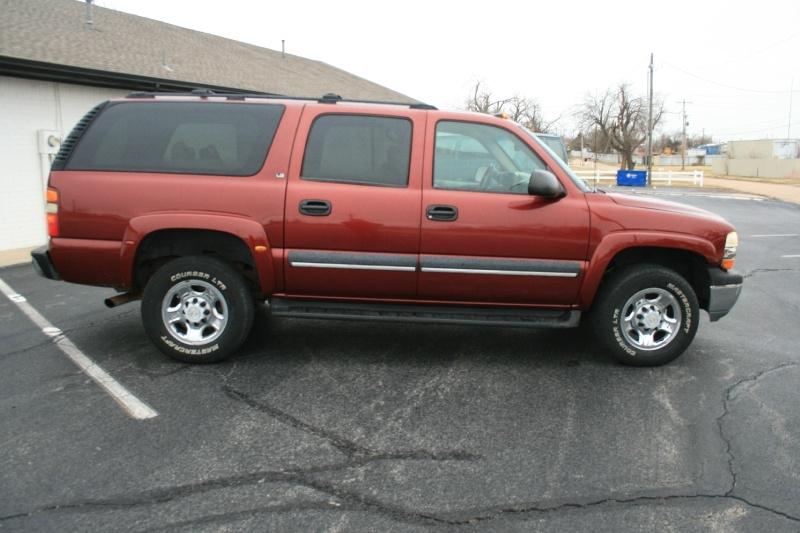 Chevrolet Suburban 2003 price $7,995 Cash
