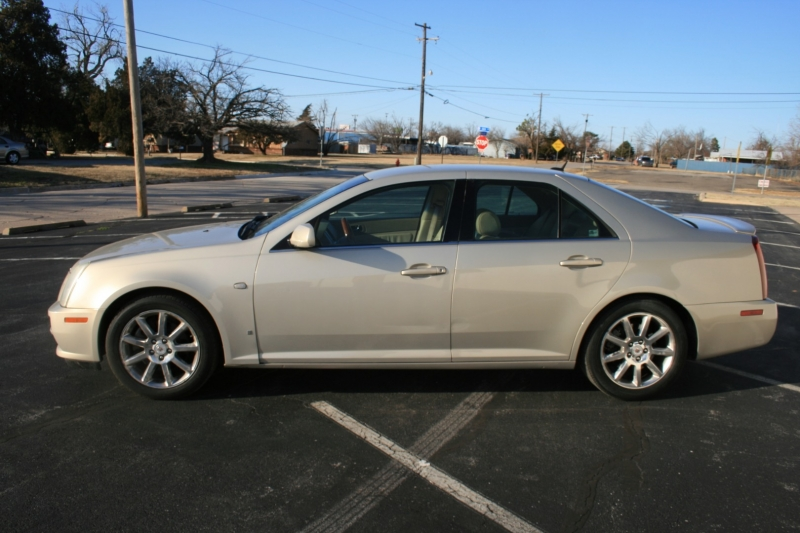 Cadillac STS 2007 price $4,750 Cash