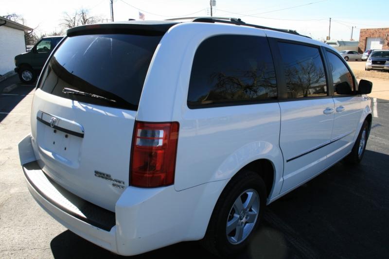 Dodge Grand Caravan 2010 price $4,650 Cash