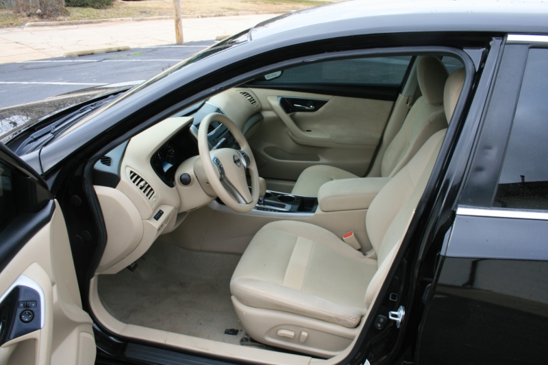 Nissan Altima 2014 price $6,750 Cash