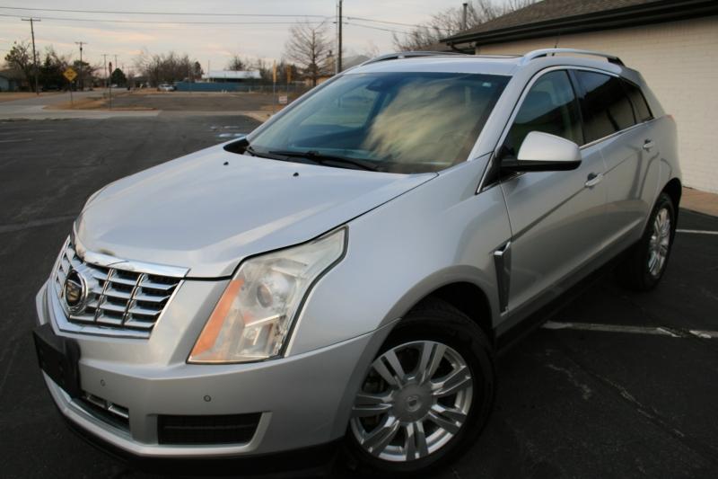 Cadillac SRX 2013 price $9,995 Cash