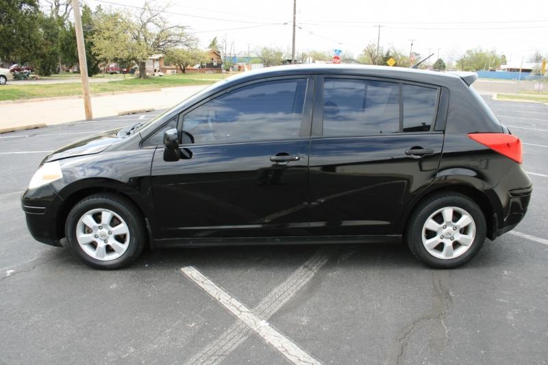 Nissan Versa 2008 price $4,795 Cash