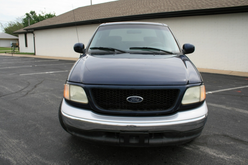 Ford F-150 2003 price $5,995 Cash