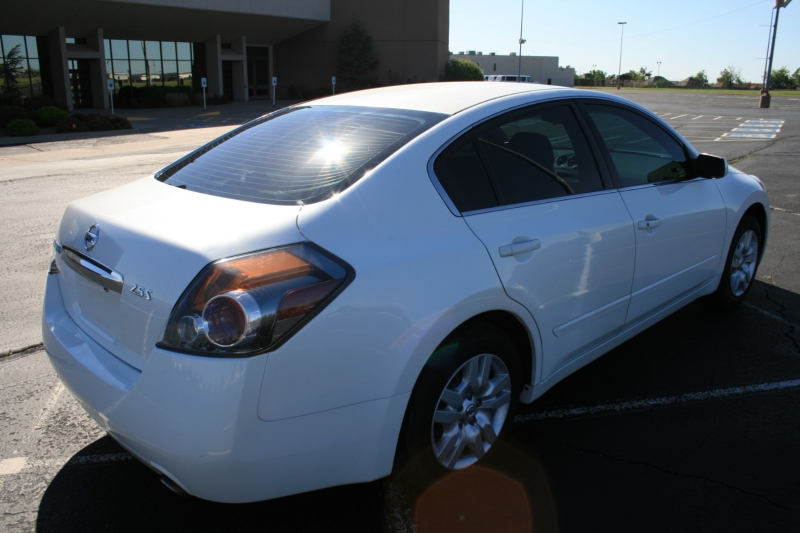 Nissan Altima 2011 price $4,995 Cash