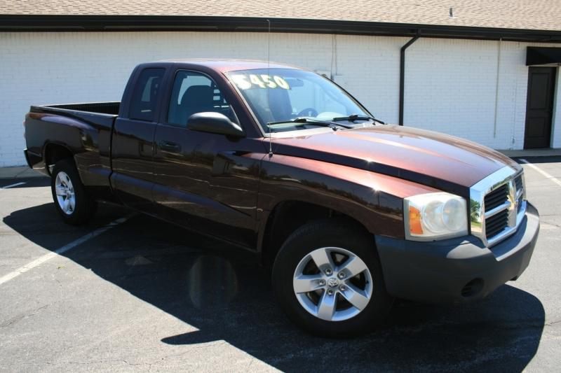 Dodge Dakota 2005 price $5,450 Cash