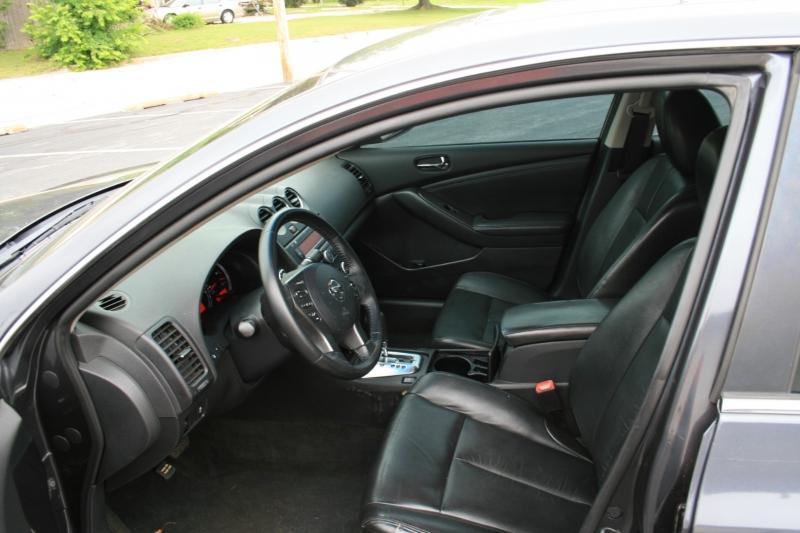 Nissan Altima 2012 price $6,750 Cash