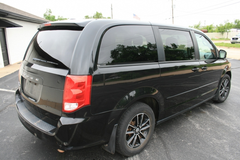 Dodge Grand Caravan 2014 price $6,450 Cash