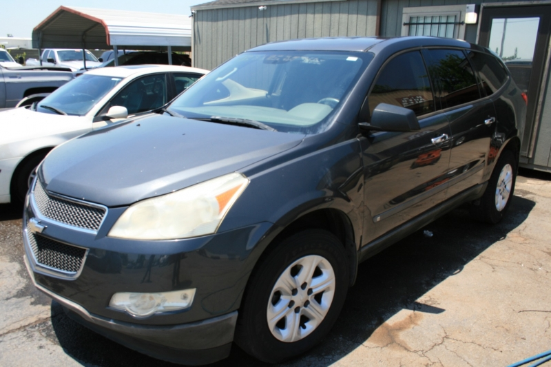 Chevrolet Traverse 2009 price $2,450 Cash