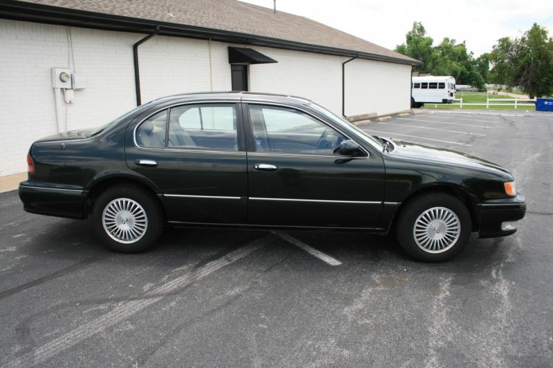 Infiniti I30 1996 price $3,650 Cash