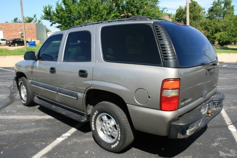 Chevrolet Tahoe 2002 price $3,850 Cash