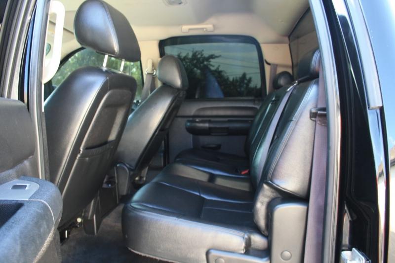 Chevrolet Silverado 2500HD 2013 price $29,800 Cash