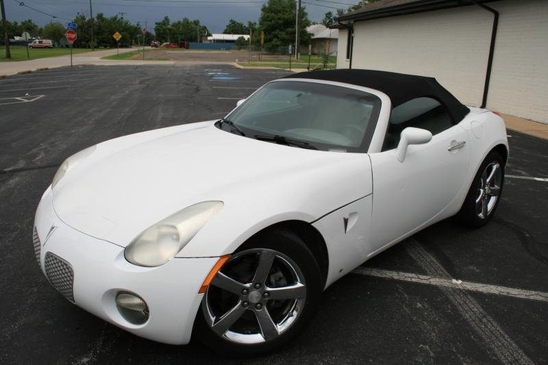 Pontiac Solstice 2008 price $5,450 Cash
