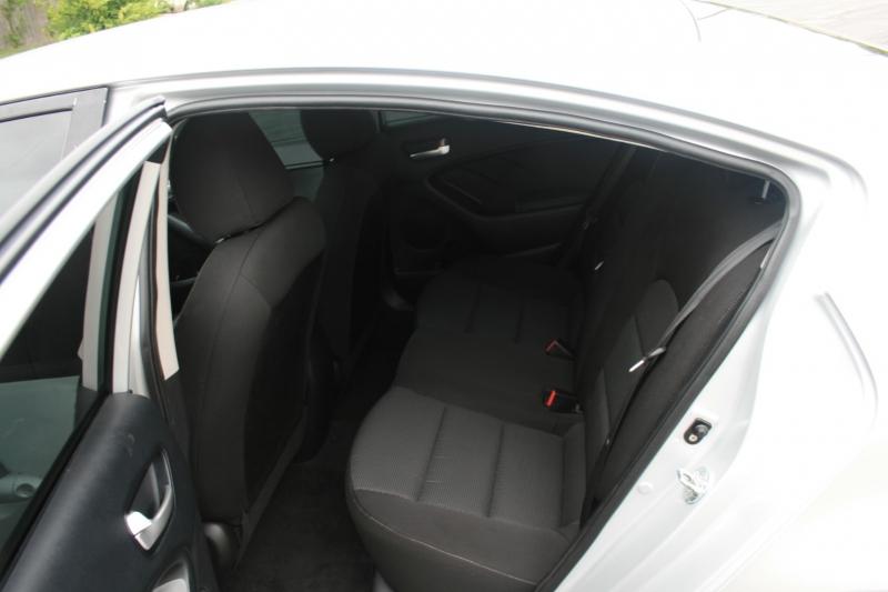 Kia Forte 2017 price $10,950 Cash