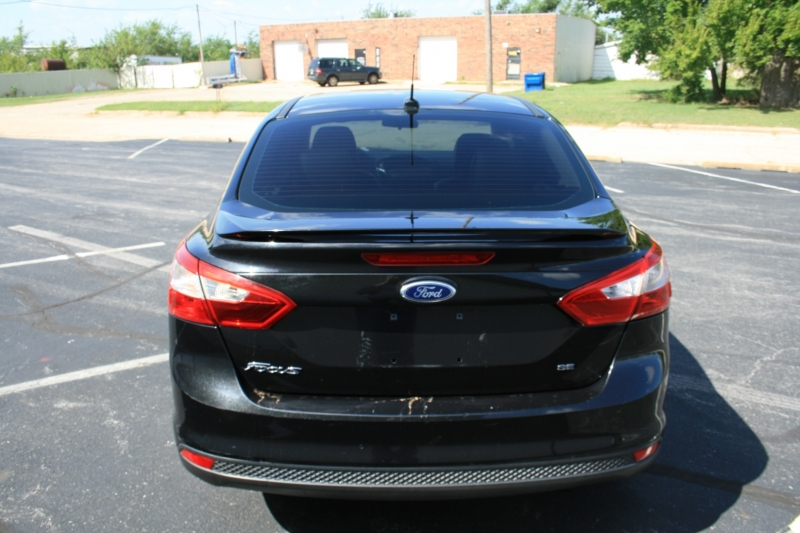 Ford Focus 2013 price $6,450 Cash