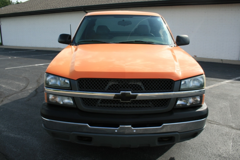 Chevrolet Silverado 1500 2005 price $8,995 Cash