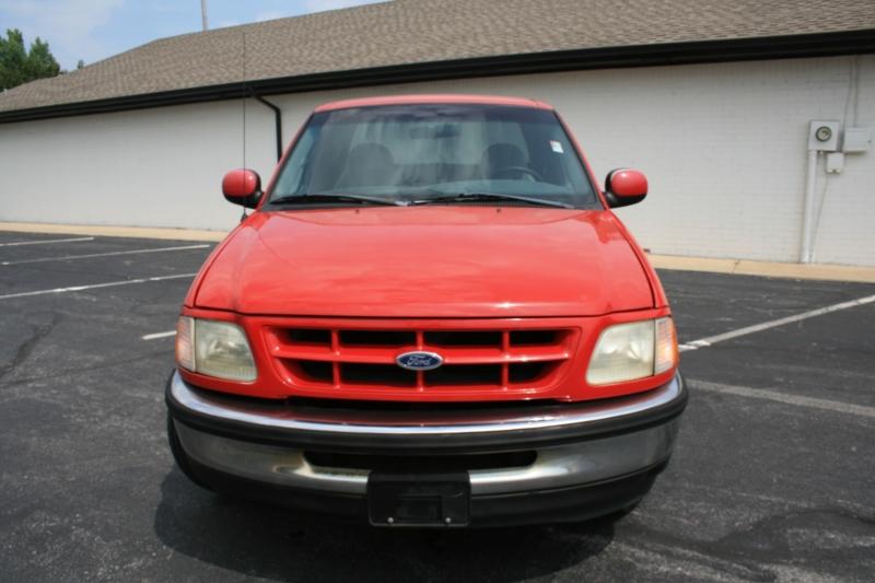 Ford F-150 1998 price $5,850 Cash