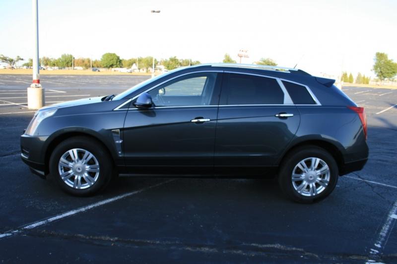 Cadillac SRX 2010 price $8,750 Cash