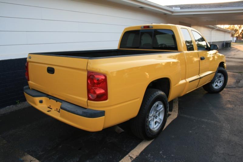 Dodge Dakota 2007 price $6,750 Cash