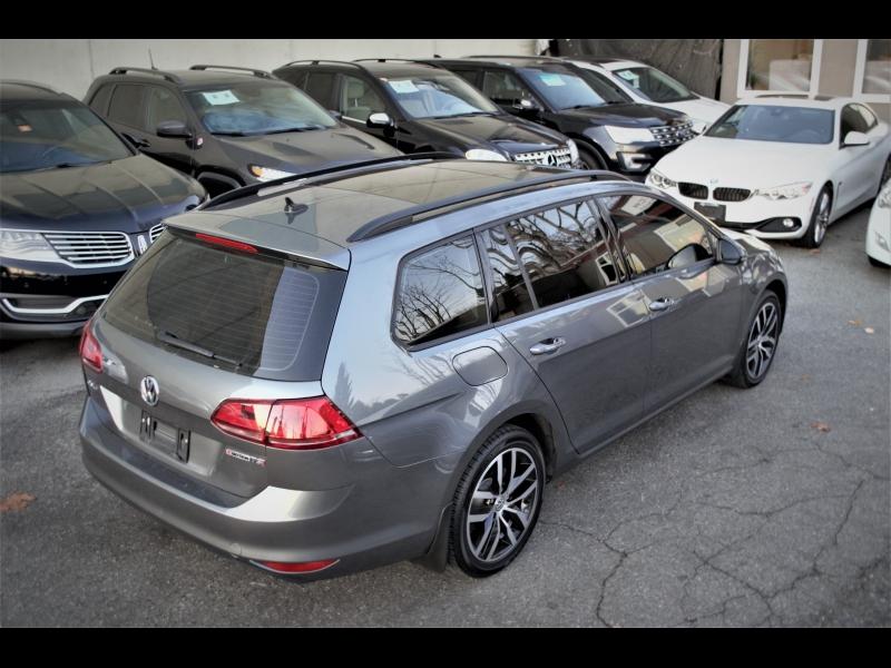 Volkswagen Golf SportWagen 2017 price $17,990