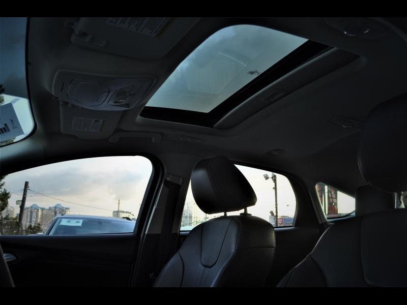 Ford Focus 2013 price $9,990