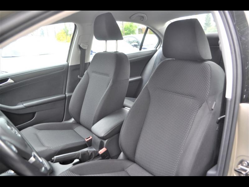 Volkswagen Jetta 2014 price $9,990