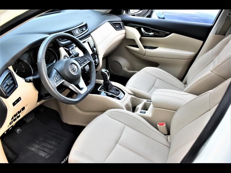 Nissan Rogue 2017 price $24,990