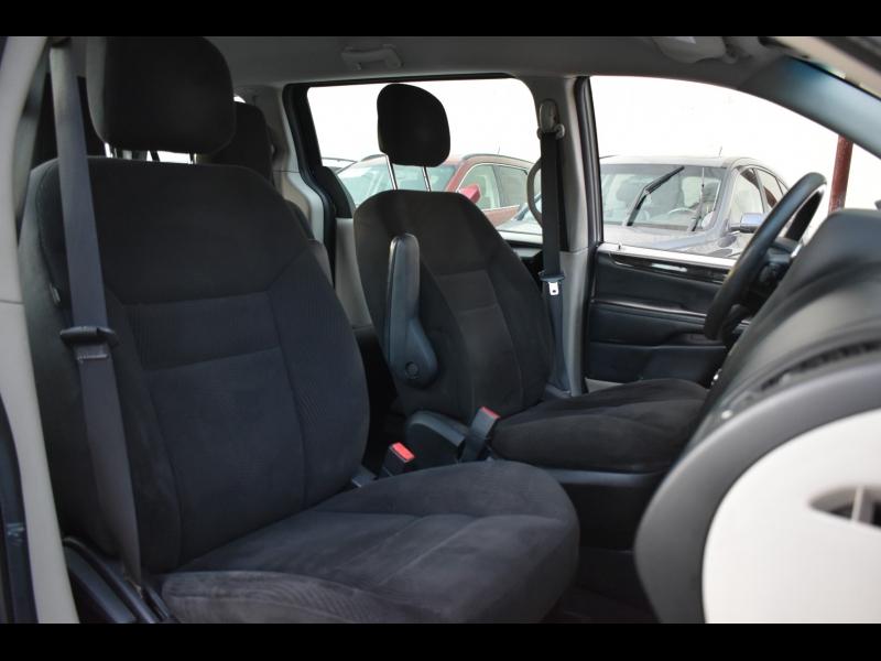 Dodge Grand Caravan 2014 price $9,500