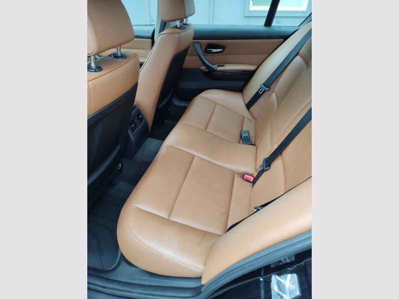 BMW 3-Series 2011 price $10,388