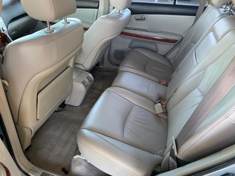 Lexus RX 330 2004 price $9,500