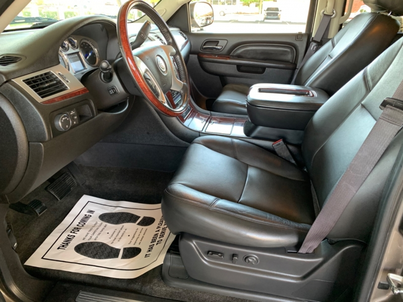 Cadillac Escalade 2013 price $25,500