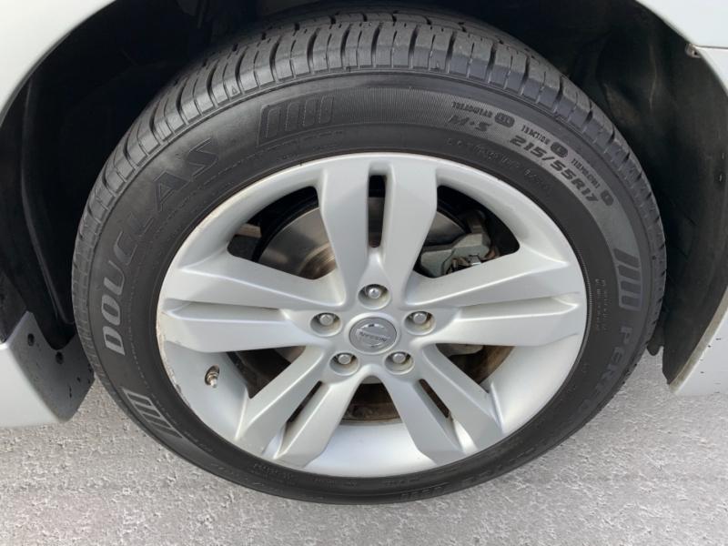 Nissan Altima 2011 price $7,950