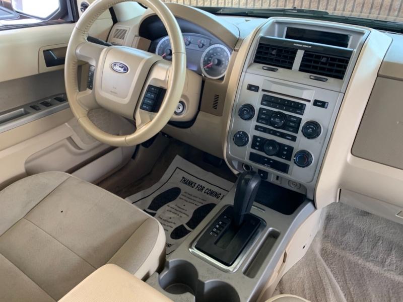 Ford Escape 2010 price $9,500