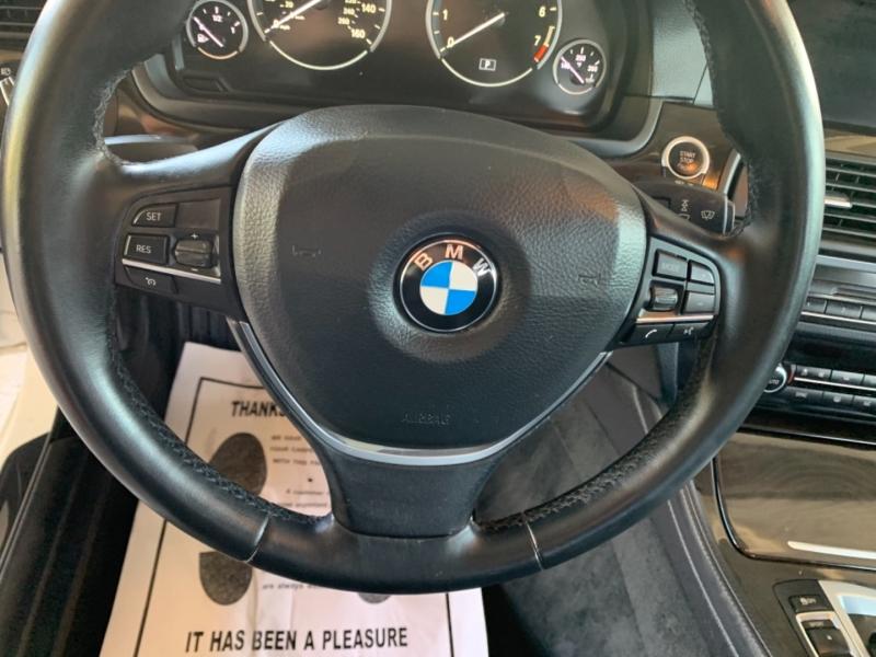 BMW 5-Series 2015 price $25,950