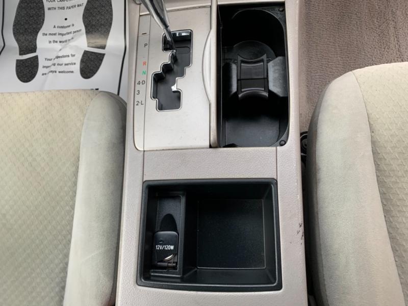 Toyota Camry 2009 price $10,950